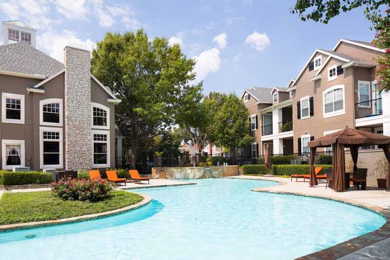 mapleshade park apartments in dallas tx