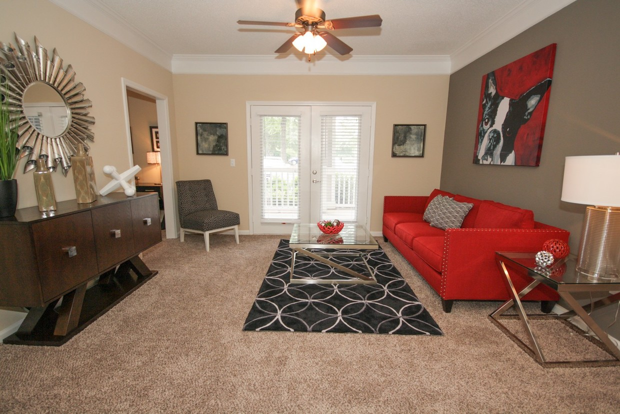 The Residence on McGinnis Ferry Apartments in Suwanee, GA