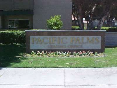 PACIFIC PALMS APARTMENTS Photo